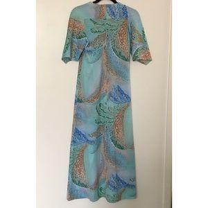 Dresses & Skirts - Stunning vintage hawaiian dress